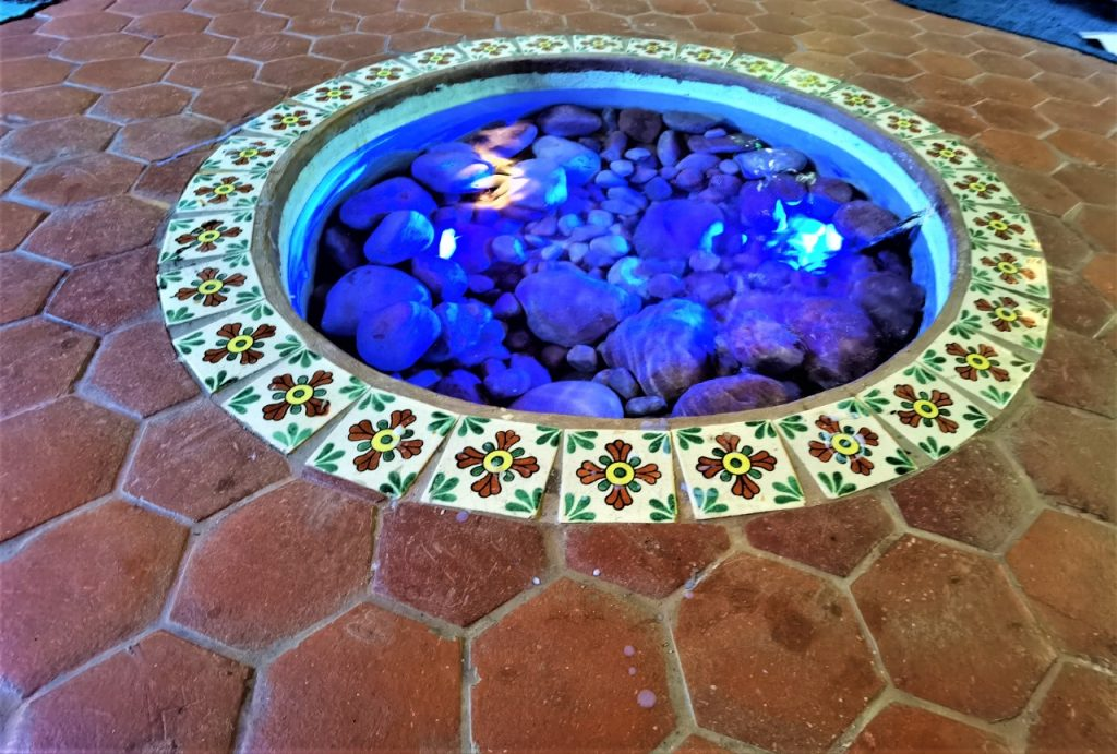 Water, stones and light